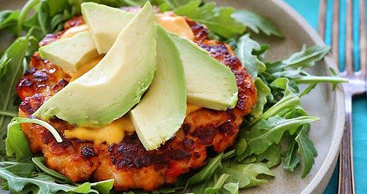 paleo diet, paleo recipes, Avocado Spicy Mayo Patties